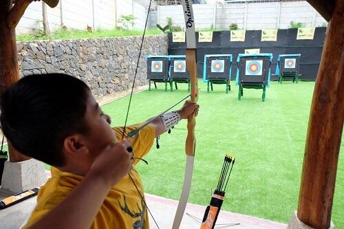Archery-5-Wahana-Yang-Wajib-di-Coba-di-Dago-Dream-Park-Bandung