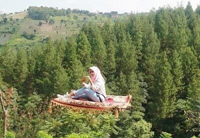 karpet-terbang-5-Wahana-Yang-Wajib-di-Coba-di-Dago-Dream-Park-Bandung